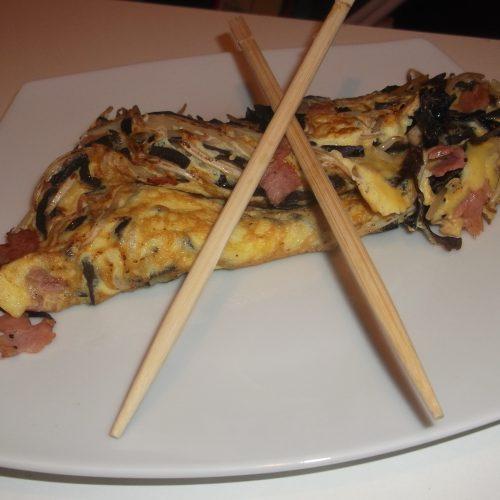 Omelette aux champignons noirs